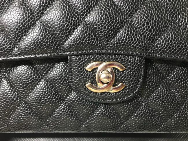 パリ本店で購入したシャネルのチェーンバッグ