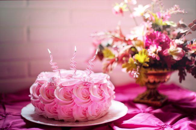 2才誕生日ケーキのロウソクは一発で消せた?